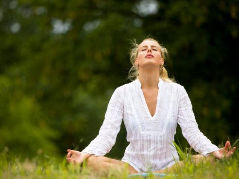 Yoga cơ bản Tư thế cái cây- nền tảng cho sự cân bằng-1