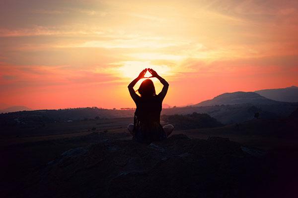 Chuỗi tư thế Chào mặt trời