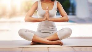 Vượt qua lo âu và trầm cảm như thế nào với Yoga