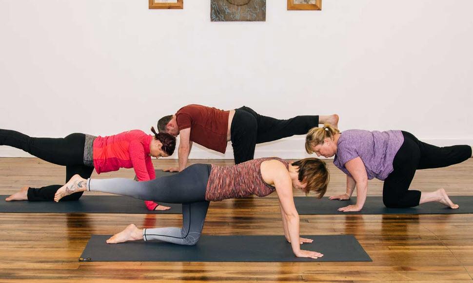Ở lớp học Yoga, bạn sẽ thực hành những gì?