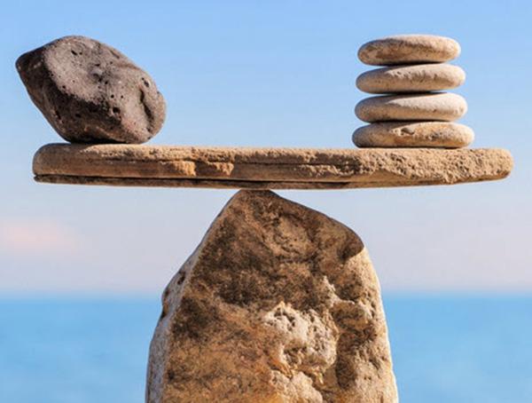 Tư thế cái cây- nền tảng sự cân bằng