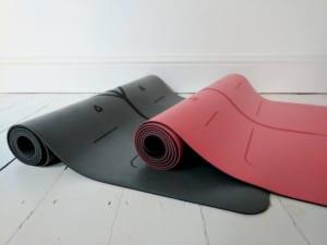 Chiếc thảm yêu thích của các giáo viên yoga