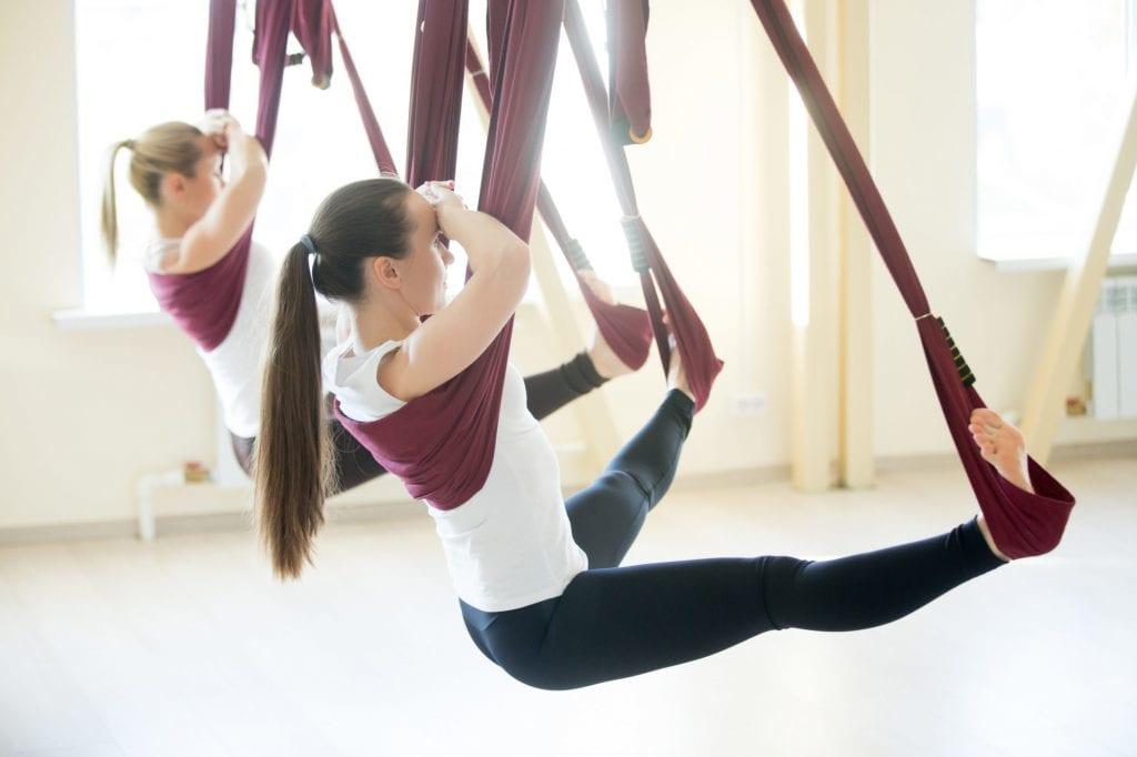 Yoga bay là gì? và những lợi ích của tập yoga bay